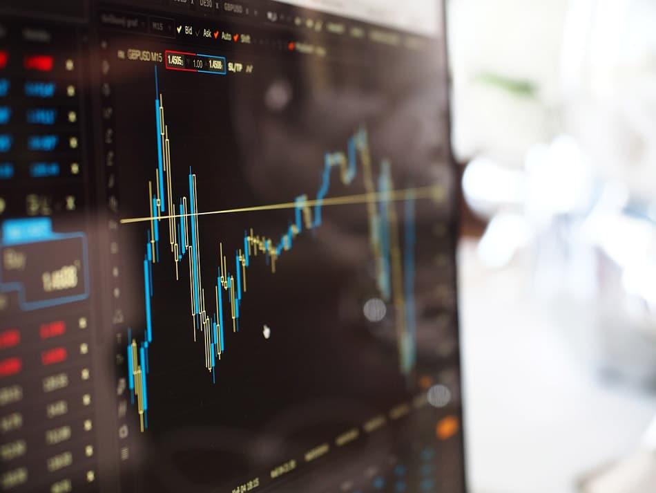 Despite Equity Fund Exodus, Analysts Baffled Over Stock Market's Rally
