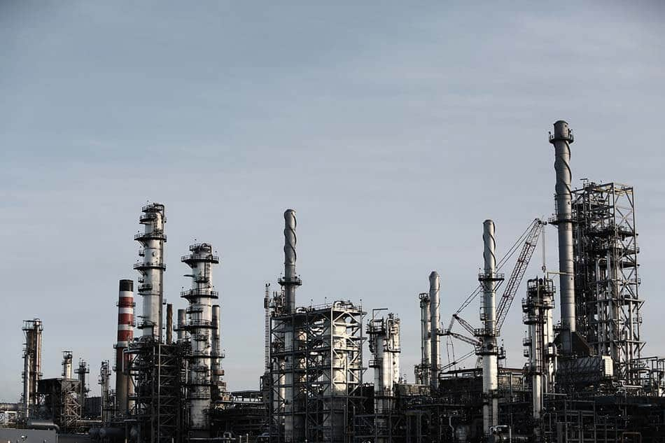 Oil Price Increases 1% Amidst Tightening Supply