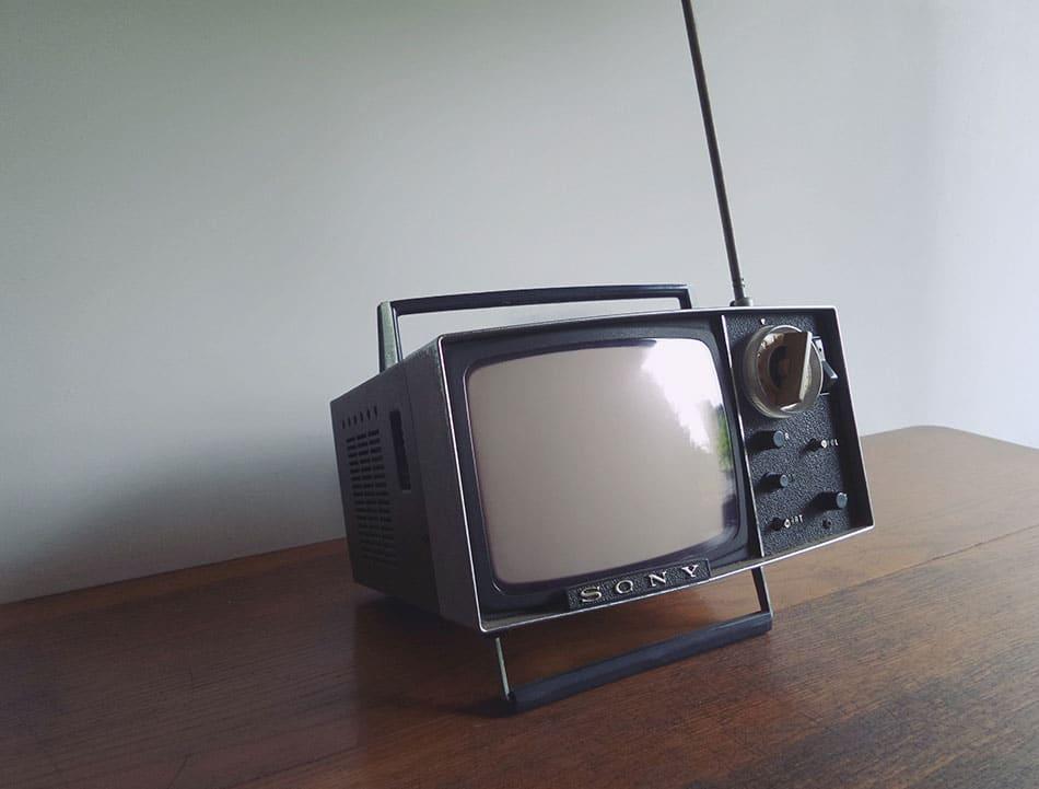 US Pharmaceuticals File Lawsuit Against TV Ad Laws