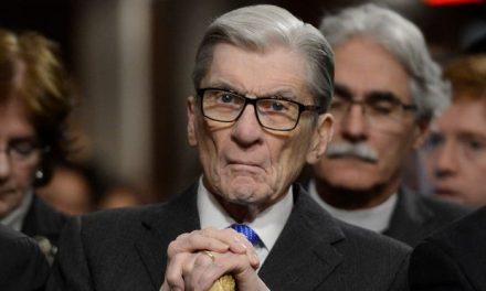 Former senator John Warner of Virginia dies at 94