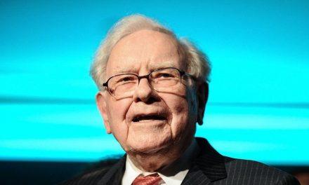 Warren Buffet chooses Berkshire Hathaway's next CEO