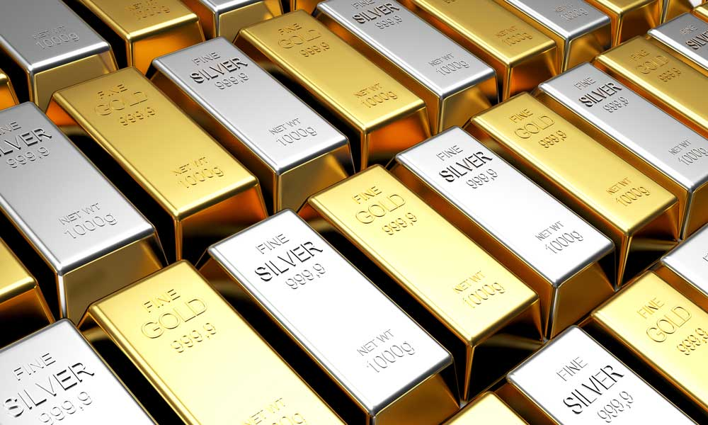 Gold, Silver prices peak amidst growing inflation fears