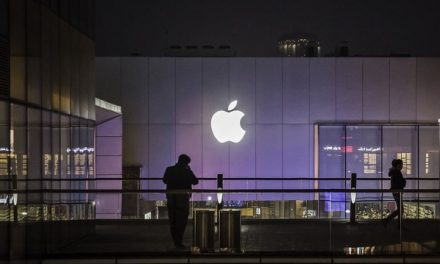 Apple Walks the Tightrope in its Dealings with China