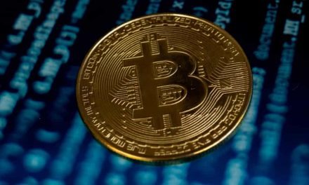 Experts Rethink Virtual Investment as Bitcoin Continues to Fall