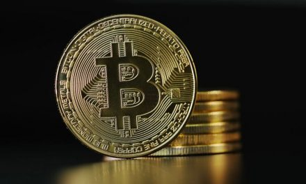 Bitcoin Maintains Over $30k as Sentiment Rises