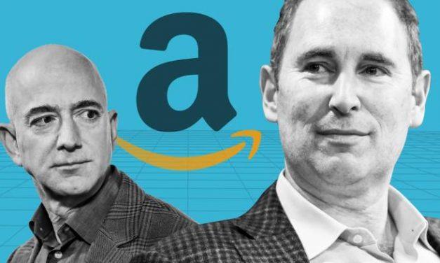 Amazon's Bezos Steps Down