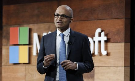 """Microsoft Snipes at Apple, Cites Need for """"More Open Platform"""""""
