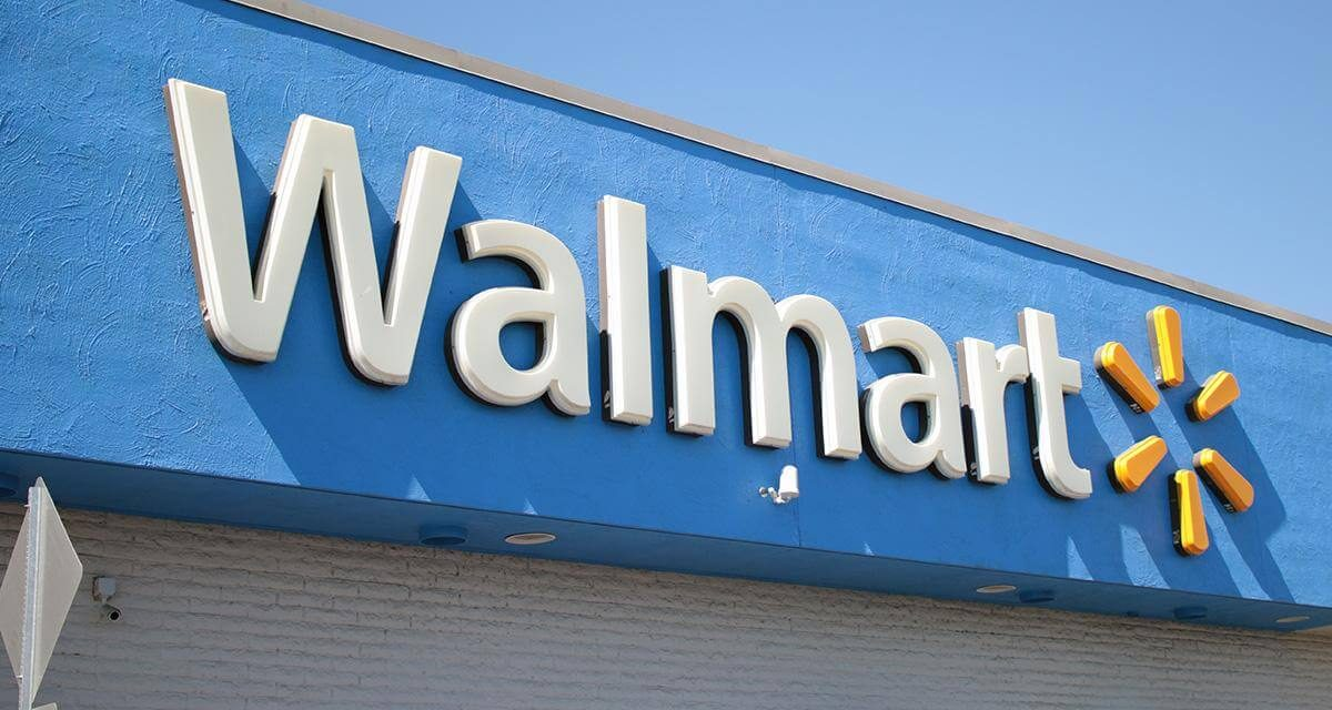 Walmart to pay 100% of its workers' college tuition