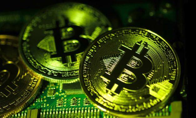 Bitcoin, Coinbase Rise as Trading Week Begins